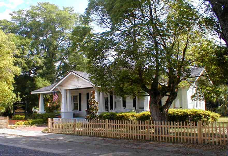 Milton:-Faircloth-Carroll-House-Restaurant_01.jpg:  picket fence, craftsman cottage, restaurant, shutters, milton, front porch