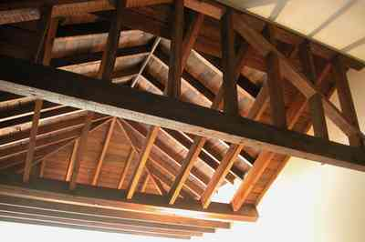 North-Hill:-116-DeSoto-St_02w.jpg:  heartpine beams, attic space, second floor alcove