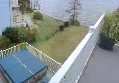 Pace:-Floridatown_07.jpg:  hot tub, escambia bay, porch