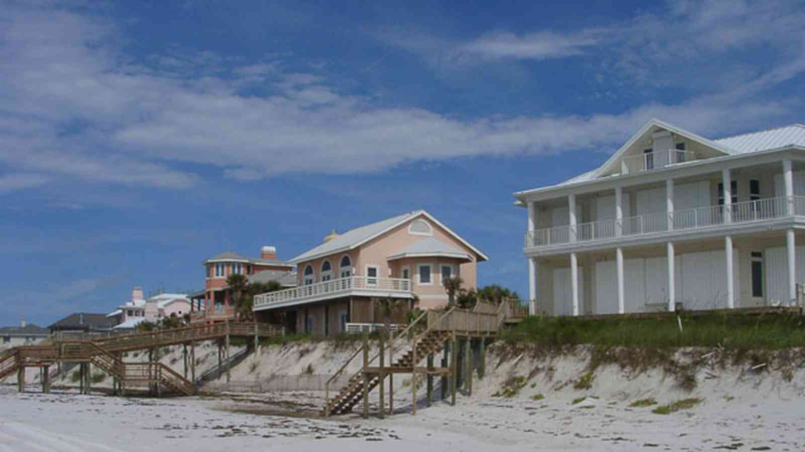 Pensacola-Beach:-Hermosa-St-Homes_06.jpg:  erosion, dune, sand, federal style architectyre