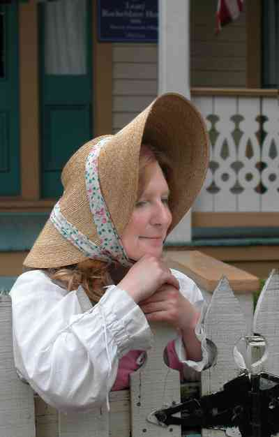 Pensacola:-Historic-Pensacola-Village:-Lear-Rocheblave-House_02b.jpg:  straw hat, garden hat, historic reenactment, dolcent, house tour, guide, picket fence, costume