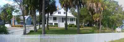 Pensacola:-Historic-Pensacola-Village:-The-Barkley-House_02.jpg:  museum, picket fence