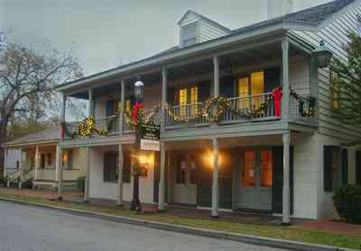 Pensacola:-Historic-Pensacola-Village:-Tivioli-House_02.jpg:  christmas decorations, bows, garland
