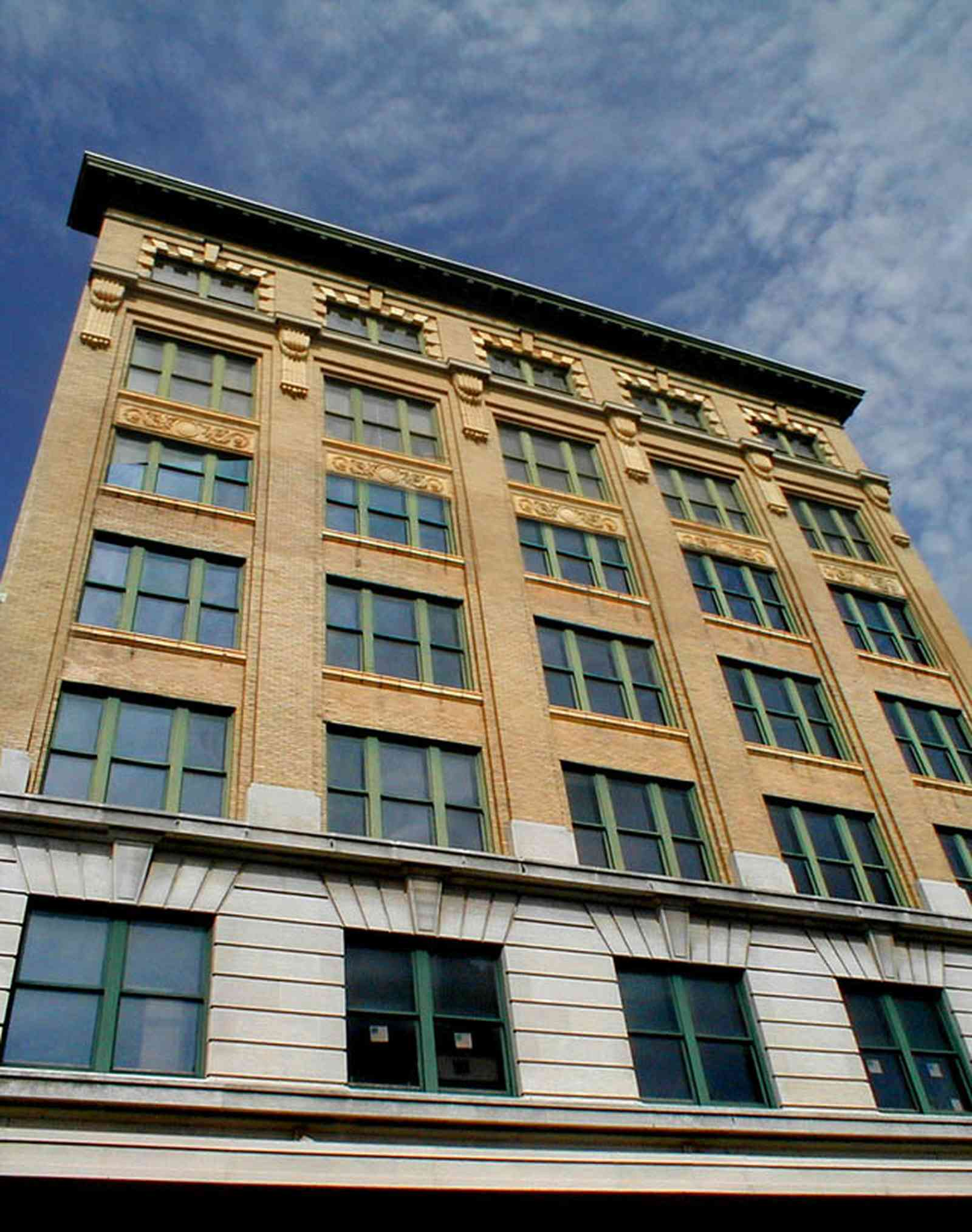 Pensacola:-Palafox-Historic-District:-Blount-Building_02b.jpg:  downtown, masonic temple, architectural style, garden street, urban renewal, palafox street, chicago school of architecture, commercial building, skyscraper, historic district