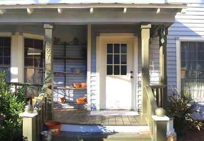 Pensacola:-Seville-Historic-District:-227-East-Intendencia-Street_04.jpg:  historic district, folk victorian, porch, front door