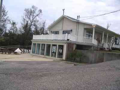 Pensacola:-Swamp-House_04.jpg:  swamp, house, river, waterways, escambia river, bait,