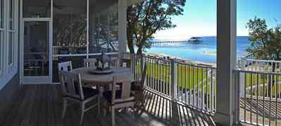 7+Beach+Dr-backporch_01_1716157245.jpg: