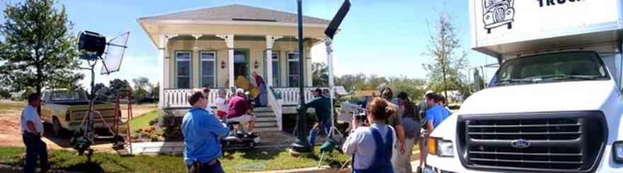 Aragon:-Jordan-Financial-Services_tmaat06.jpg:  victorian house, shotgun house, moving van, film, commercial, lighting, crew