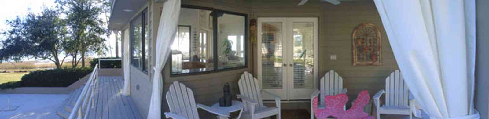 Gulf-Breeze:-Ceylon-Drive_07.jpg:  pool house, swimming pool, santa rosa sound, tiger point subdivision