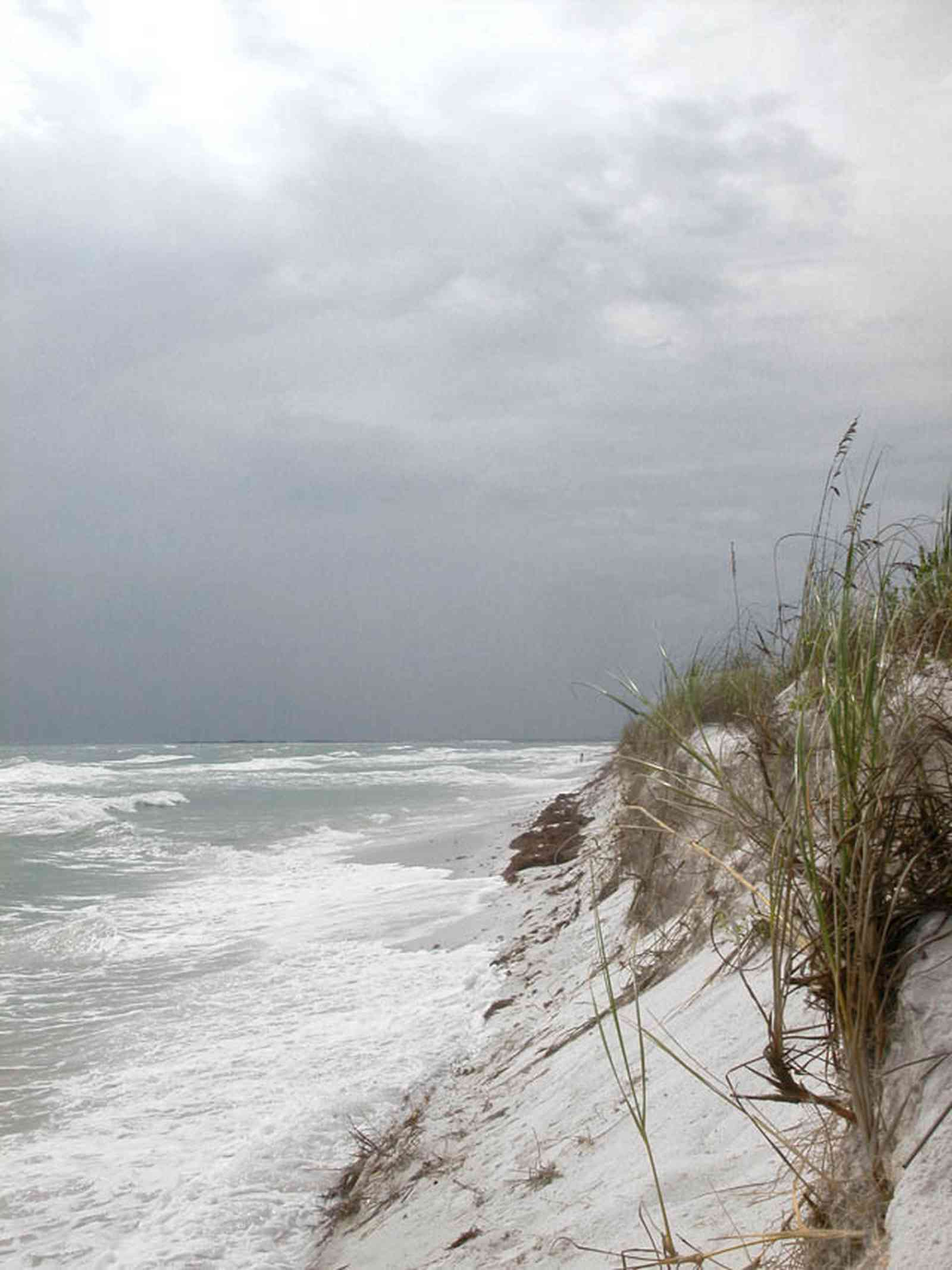Gulf-Islands-National-Seashore:-Fort-Pickens:-Battery-234_06.jpg:  surf, waves, gulf of mexcio, barrier island, sea oats, sea weed, storm
