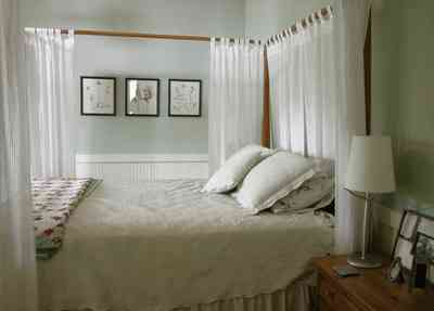North-Hill:-284-West-Gonzales-Street_27d.jpg:  canopy bed, garage apartment, quilt, craftsman cottage, lace pillows