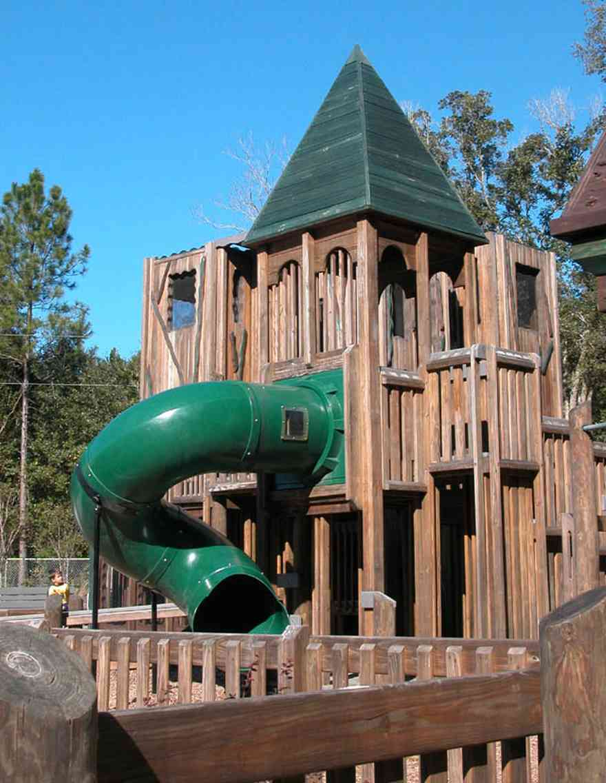 Pace:-Benny-Russell-Park_02.jpg:  slide, roof, climbing, playground equipment