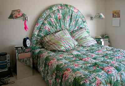 Pensacola-Beach:-1212-Ariola-Drive_19.jpg:  double bed, children's bedroom, beach house, chintz fabric, gulf of mexico