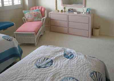 Pensacola-Beach:-1212-Ariola-Drive_20.jpg:  quilt, chaise lounge, children's bedroom, beach house