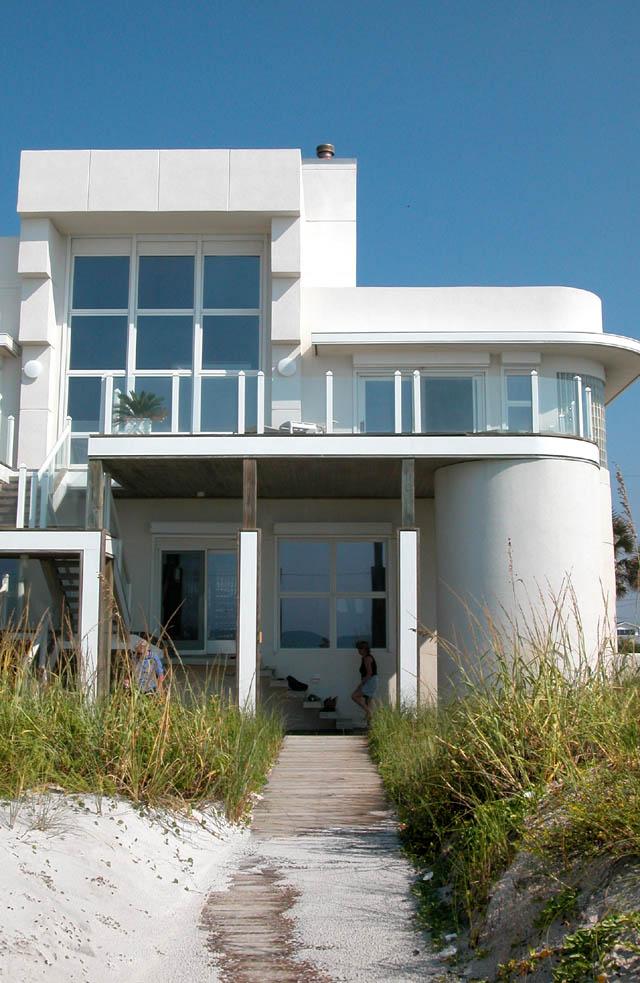 Ariola drive art deco house at film north florida for Modern art deco homes