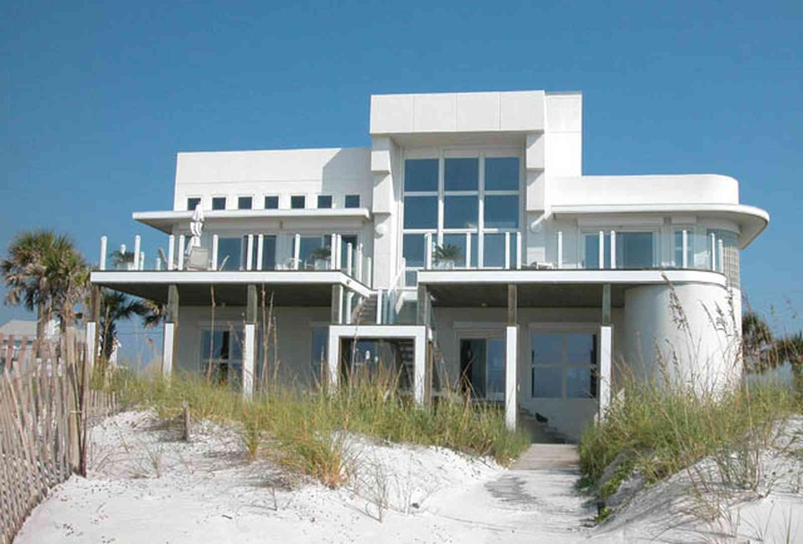 Pensacola-Beach:-Ariola-Drive-Art-Deco-House_01.jpg:  sand, crystal sand, white sand, sugar sand, sea oats, bauhaus architectural style, palm trees, dune restoration, beachfront property