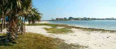 Pensacola-Beach:-Sabine-Bay_03.jpg:  beach, white sand, sabine, bay, lake, water, beach house