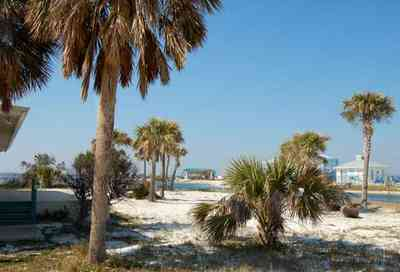 Pensacola-Beach:-Sabine-Bay_04.jpg:  beach, white sand, sabine, bay, lake, water, beach house