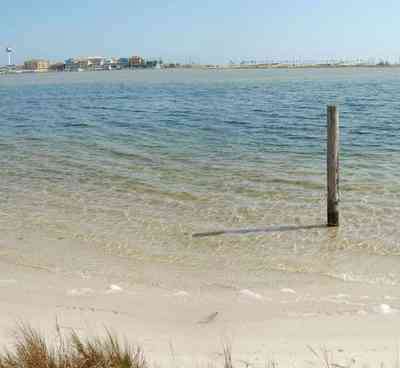 Pensacola-Beach:-Sabine-Bay_05.jpg:  beach, white sand, sabine, bay, lake, water, beach house