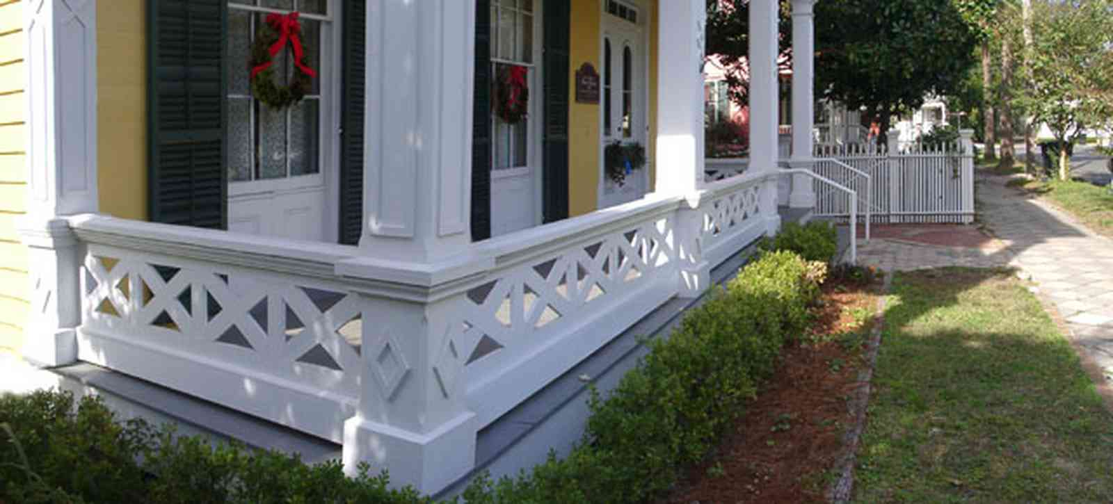Pensacola:-Historic-Pensacola-Village:-Dorr-House_07.jpg:  greek revival building, victorian house, museum, pensacola historic village