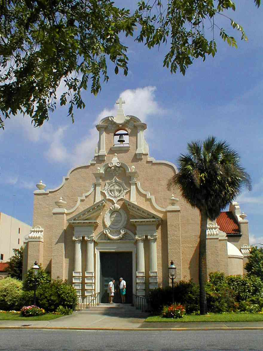 Pensacola:-Palafox-Historic-District:-Christ-Church_00.jpg:  palm tree, spanish revival architecture, stucco, garden, downtown, tile roof