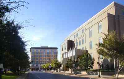 Pensacola:-Palafox-Historic-District:-Federal-Courthouse_03.jpg:  palafox street, brent building