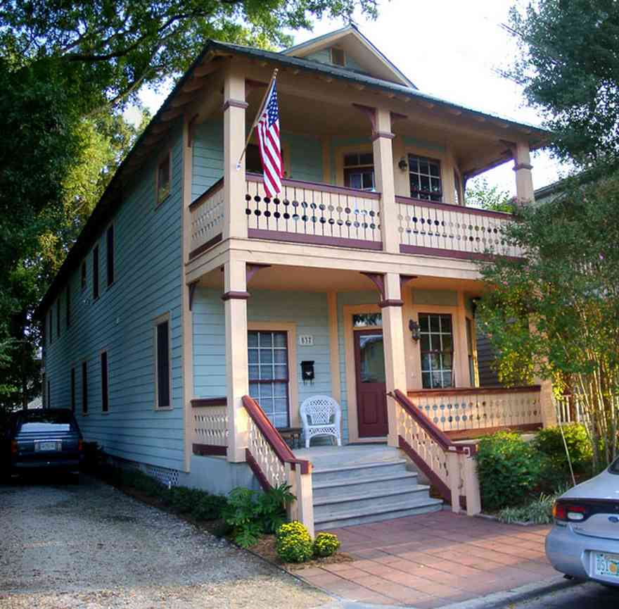 Pensacola:-Seville-Historic-District:-Camp-Dental-Lab_01.jpg:  victorian cottage