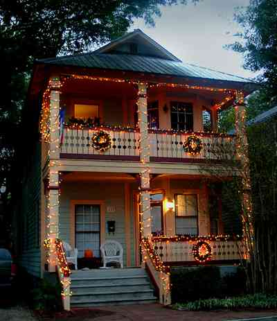 Pensacola:-Seville-Historic-District:-Camp-Dental-Lab_04.jpg:  christmas decorations, wreaths, garland