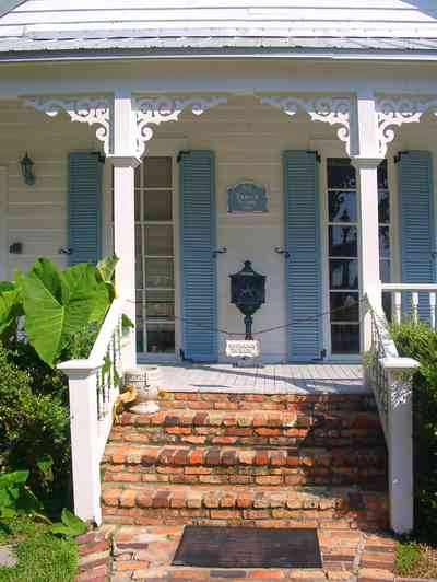 Pensacola:-Seville-Historic-District:-DeMaria-Law-Firm_02.jpg:  victorian cottage