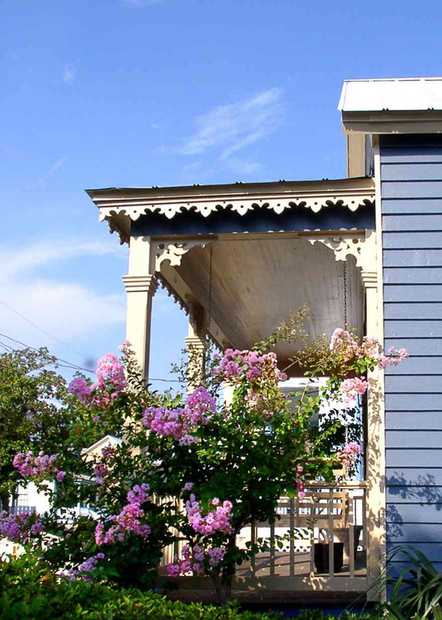 Pensacola:-Seville-Historic-District:-Rodney-L.-Rich-And-Company_01.jpg:  victorian cottage, creole cottage, crepe myrtle, porch