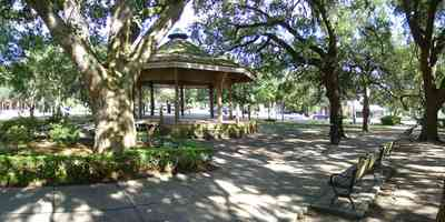 Pensacola:-Seville-Historic-District:-Seville-Square_08.jpg:  gazebo, town square, bench