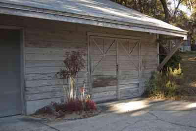 10+walton-garage+door.jpg: